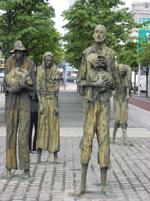 famine-memorial-dublin-3.jpg