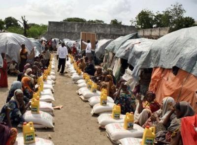 Distribution d'aide alimentaire en Somalie
